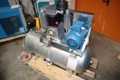 4 kW Kolbenkompressor 250 Liter Behälter RENNER RIKO 700/250 - 10 bar